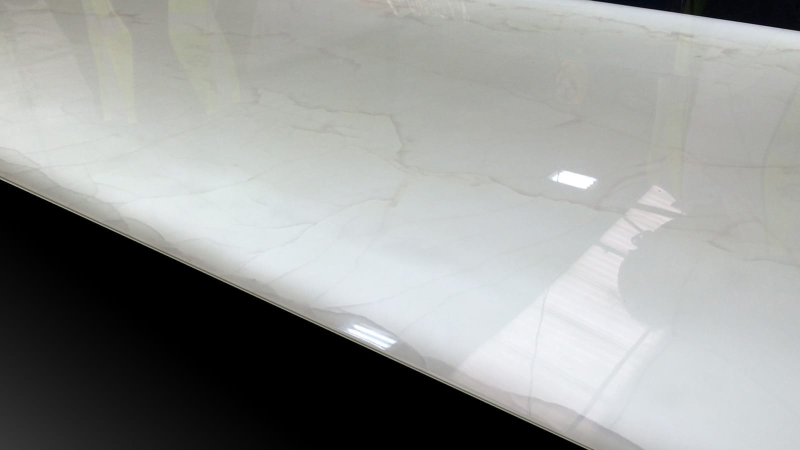 panel of translucent stone from grama blend uk